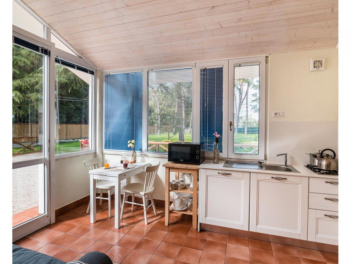Angolo Cottura In Veranda : Junior suite familiare con angolo cottura white rooms
